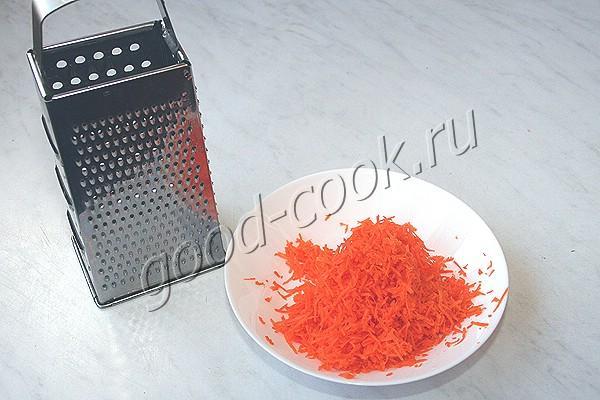 морковно-финиковый торт с апельсиновым джемом