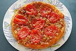 перевернутый томатно-луковый пирог