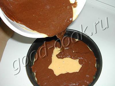 кекс двухцветный с вишней и шоколадом