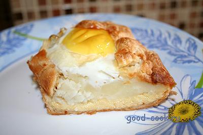 слоёный пирог с яйцами