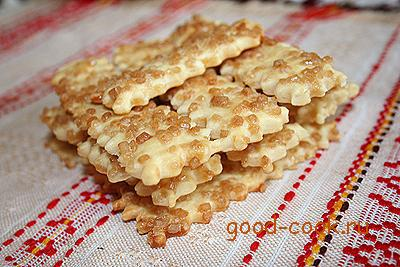 масляное печенье с сахарной посыпкой