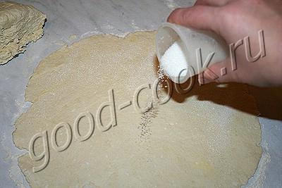 творожные сахарные рогалики