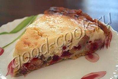 ягодный пирог со сметанно-шоколадной заливкой