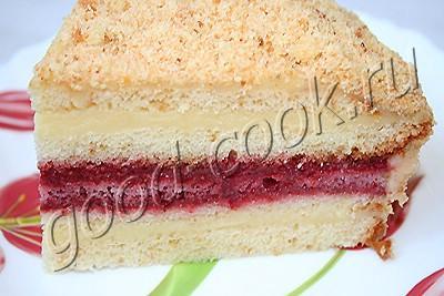 торт клубнично-земляничный с заварной помадкой