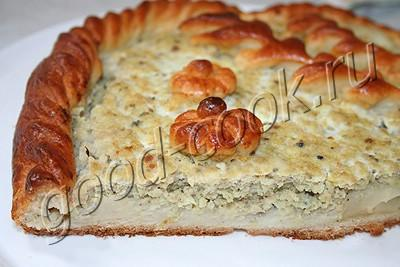 пирог с картофельным пюре и рыбным фаршем