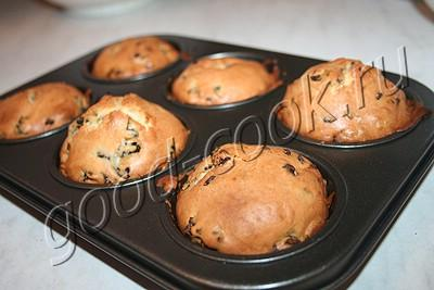 кексы с черносливом и шоколадными каплями
