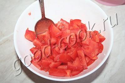 открытые пирожки с помидорами