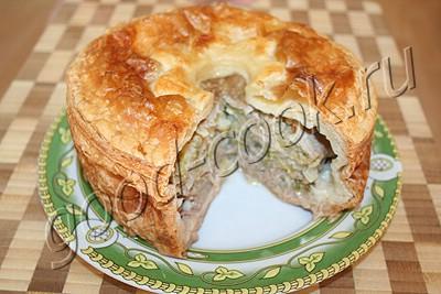 высокий пирог с мясом и капустой