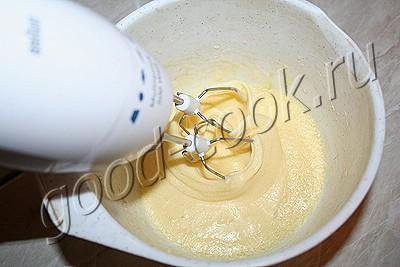 французский слоеный пирог с миндальным кремом