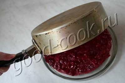 перевёрнутый пирог с двумя слоями вишни