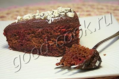 шоколадный торт с вишнёвой прослойкой