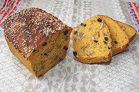 Сладкий ореховый хлеб на кураге
