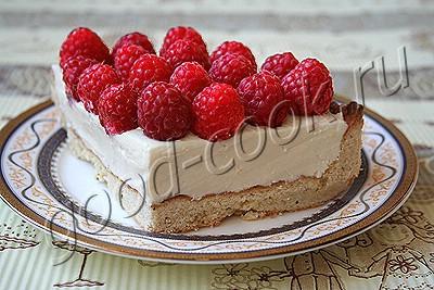 песочный пирог с творогом и малиной