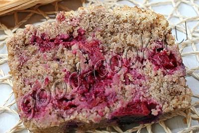 овсяный кекс с вишней под хрустящей корочкой