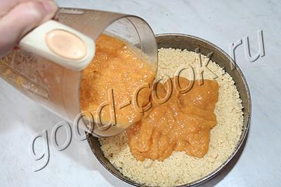 рассыпчатый пирог с персиками или абрикосами