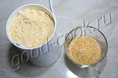 творожно-кукурузная лепёшка с укропом и чесноком
