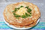 блины с плавленым сыром и беконом