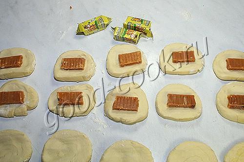 сладкие слоеные пирожки