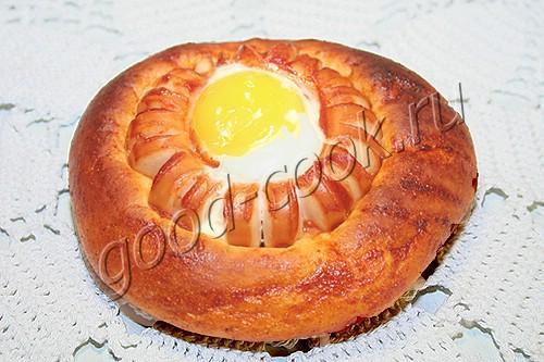 круглые пирожки с сосисками