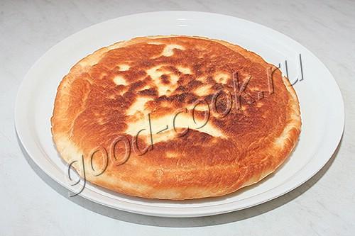 жареный пирог с клубникой