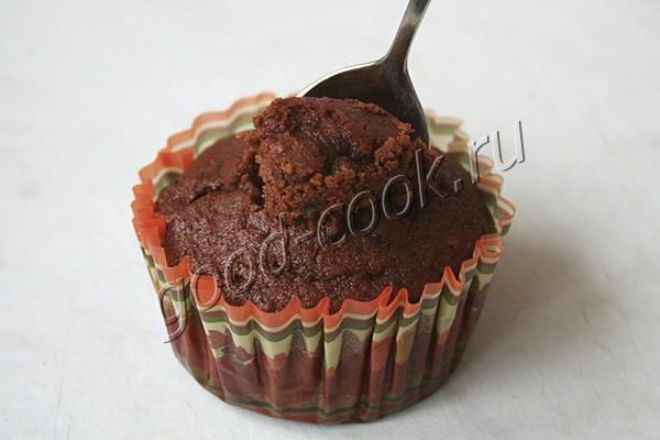 шоколадные капкейки с банановым кремом