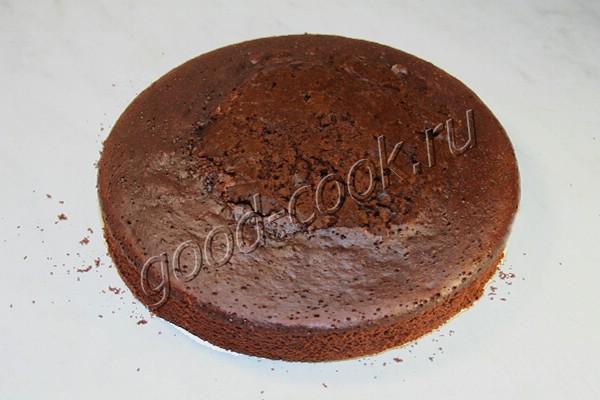 шоколадно-вишневый торт с кремом из сливочного сыра