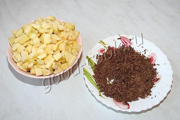 манник с яблоками и шоколадом