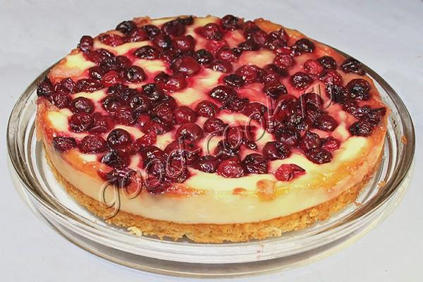 овсяный пирог с творогом и вишней