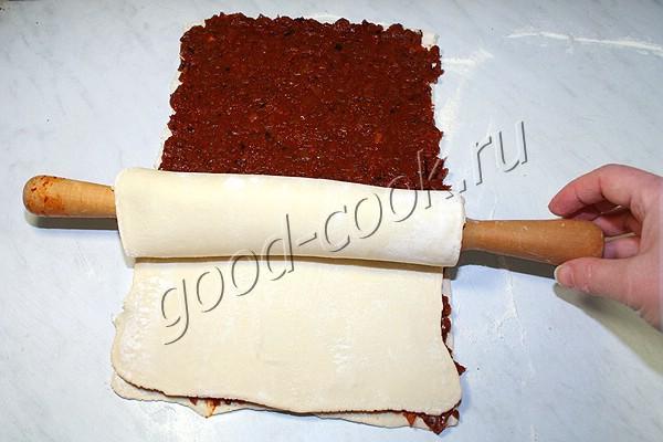 слоеные палочки с жареным луком