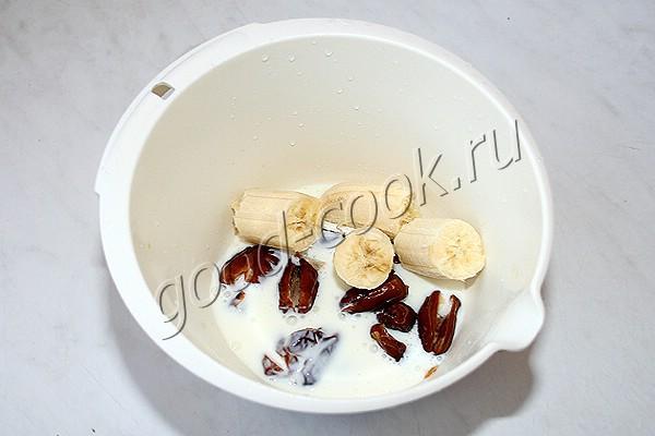 овсяное печенье с бананом и финиками