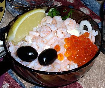 Как приготовить морской коктейль: 1. Морепродукты .