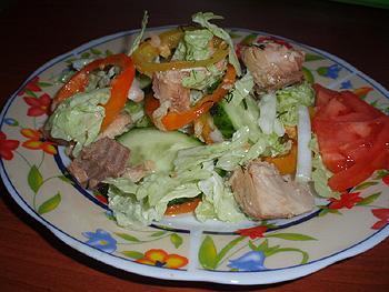 Салат из свежей рыбы рецепт