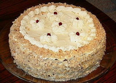 торт с фундуком и медом