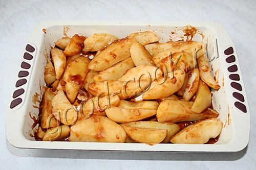 """картофель, запечённый в соусе """"Адобо"""""""