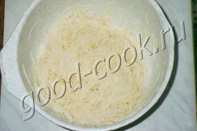 жареный картофельный пирог с мясом