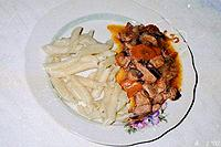 мясо с грибами и овощами