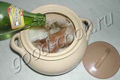 мясо, тушеное в пиве