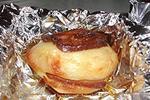 картофель с салом, запеченный в фольге