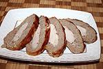 мясной батон в беконе, фаршированный курицей