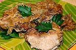 мясо тушеное с луком
