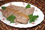 мясо тушеное со сливами