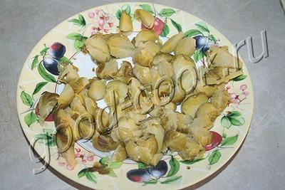 батон из курицы с беконом и брюссельской капустой