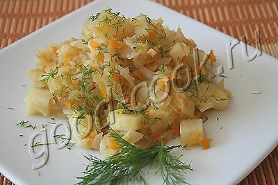 тушеная капуста с картофелем