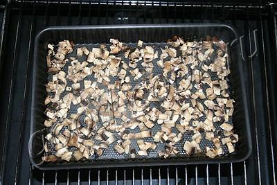 взбитые куриные котлеты с грибами