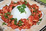 куриные грудки тушеные в томатно-перечном соусе
