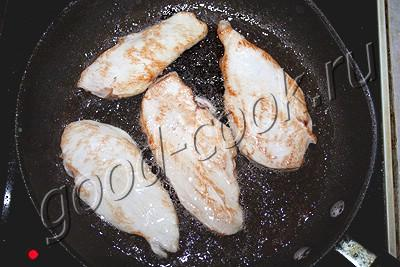 курица запеченная в орехово-сливочном соусе