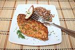 пикантное куриное филе в ореховой панировке