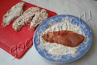 Куриное филе в ореховой панировке – кулинарный рецепт
