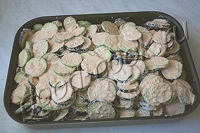 баклажаны, запеченные под сметаной
