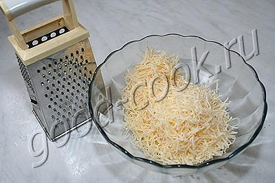 """лапша с креветками и соусом """"Песто"""""""